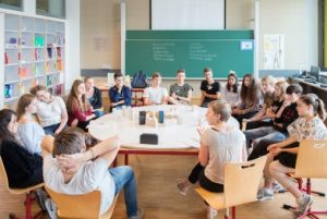 Jongeren-in-gesprek-project-DemocraCity