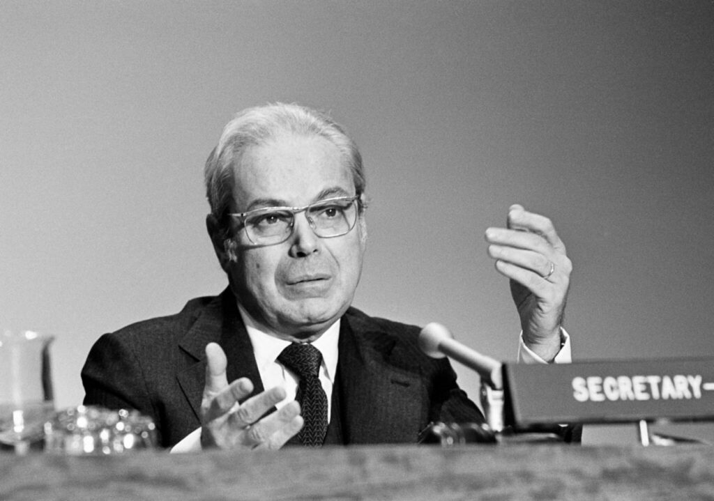 Former Secretary-General Javier Perez de Cuellar
